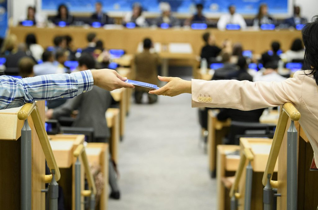 """""""Béke Csúcstalálkozó-medált a társadalmi aktivitásért"""""""